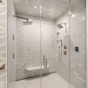 Fan Family Home - Master Bath
